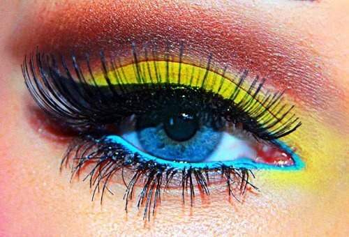 ❤: Make Up, Cat Eye, Eye Makeup, Color, Eyemakeup, Eyeshadows, Eye Liner, Electric Blue, Blue Eyeliner