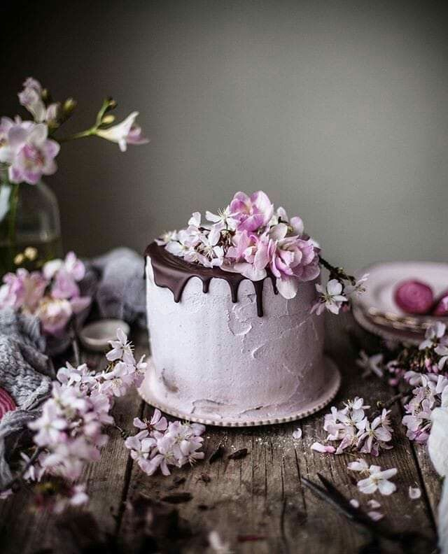 Pin By Nina Skwira Fotografia On Happy Birthday Cake Fancy Cakes Photographing Food