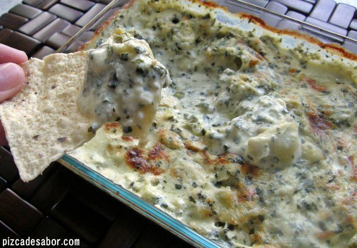 Una mezcla del clásico dip de alcachofas con espinacas pero con un toque distinto y gourmet. A todos les va a encantar.