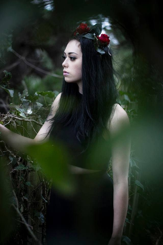 Dahlia Noir wearing a Petal and Pip rose crown in her latest photo shoot.