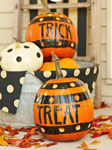 Trick or treat pumpkins! + more ideas for pumpkin projects: http://www.midwestliving.com/homes/seasonal-decorating/pumpkin-decorating-projects/