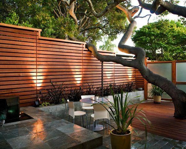 Terrasse Baum Holzboden Zaun Design