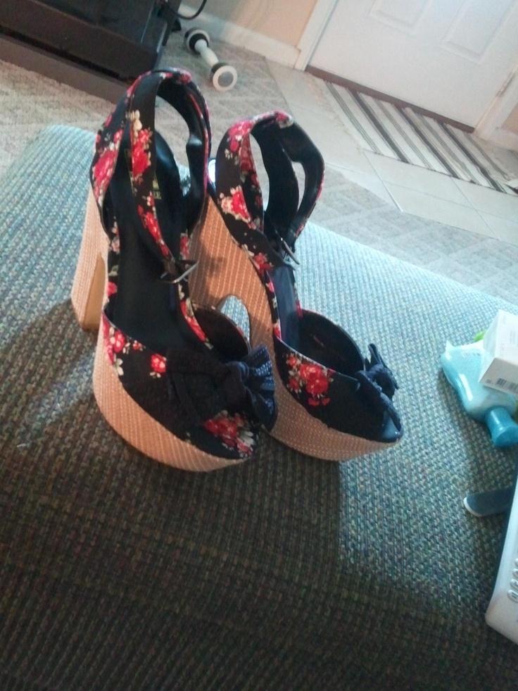Beautiful beautiful shoesPretty Shoes, Favorite Shoes, Dreams Shoes, Gorgeous Shoes, Beautiful Beautiful, Beautiful Shoes, Shoes Crazy, Girls Shoes, Walks Beautiful