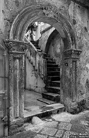 Lecce, stairs, door, gate, black and white, Italy, Apulia, Salento