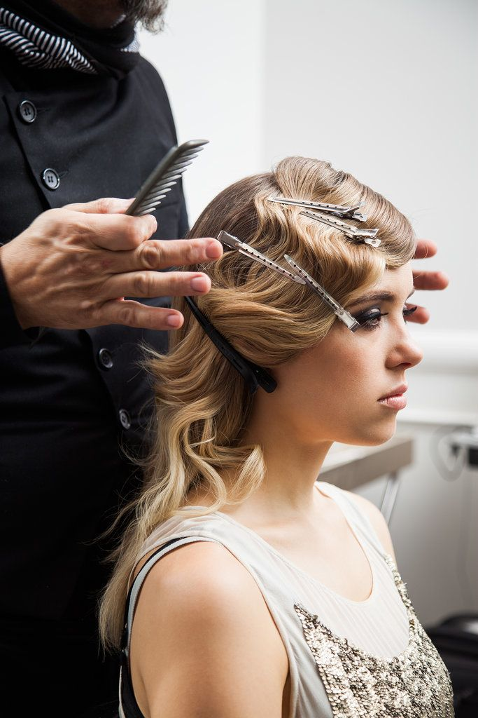 This retro hairstyle is going to blow all your friend's away at the Christmas party.