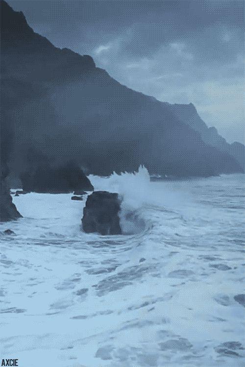 Crashing Waves Gif ocean waves animated sea gif crash
