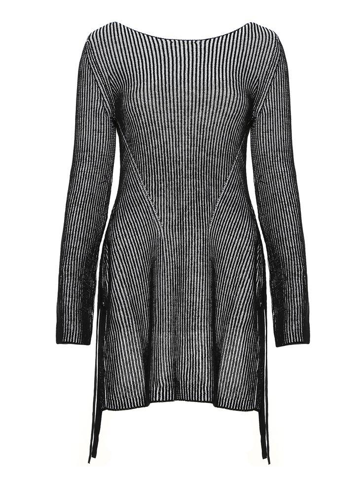La collezione #Sisley #PE2017 è ora disponibile in negozio. Vieni a provarla! #SisleyCiriè https://nemb.ly/p/rJRlPOi1W Pubblicato in un lampo con Nembol