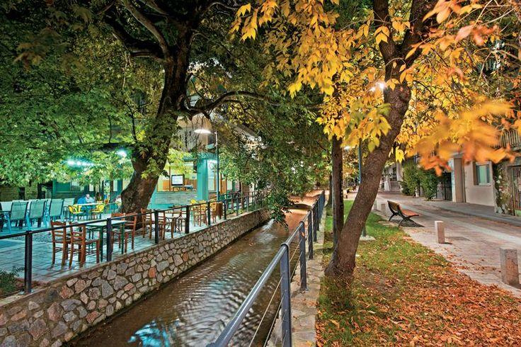 Η Εδεσσα, η πρωτεύουσα της Πέλλας, είναι μια πόλη «πνιγμένη» στο πράσινο και στα νερά. Φωτογραφία: Γιώργος Πατρουδάκης