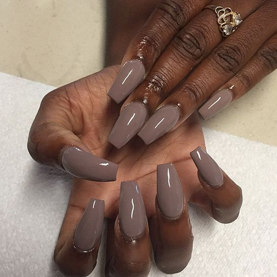 62 Best Pretty Nail Polish Colors For Black Girls Images: Multi Shapes Of Brown Acrylic Fingernails For Fall #30