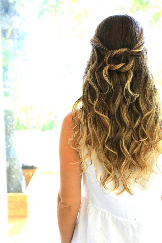 Nautical knot hairstyle