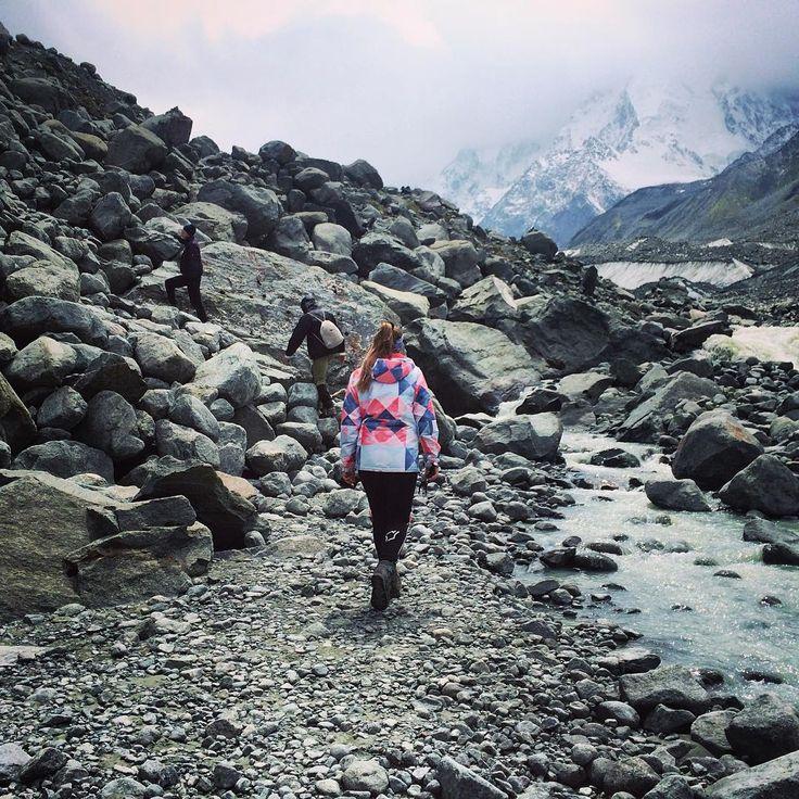 #path #me #hikers #hiking #altay #glacier #rocks #instaaltay #Аккем #алтай…
