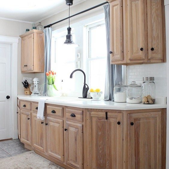 25+ Best Ideas About Updating Oak Cabinets On Pinterest