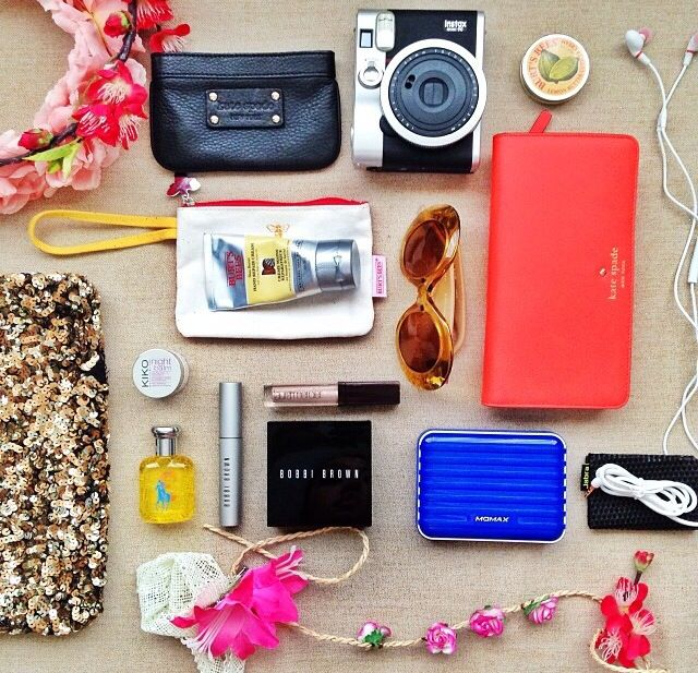 WHAT'S IN MY BAG #whatsinmybag
