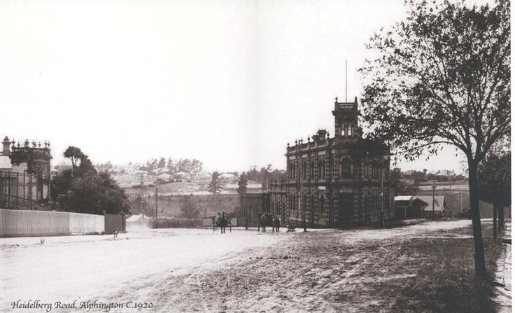 Heidelberg Road and the Tower Hotel, Alphington, looking northeast towards Ivanhoe, c. 1920