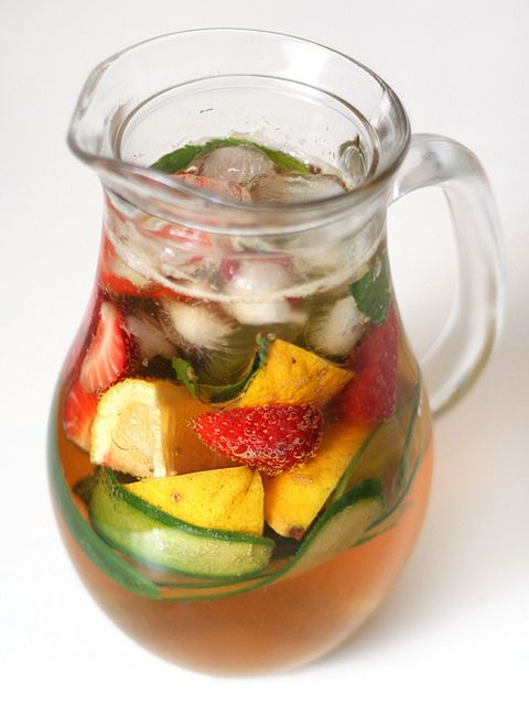 Summer days, sitting outside in the sun with a jug of pimm's & ginger ale <3