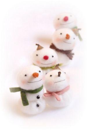little snowmen by catrulz