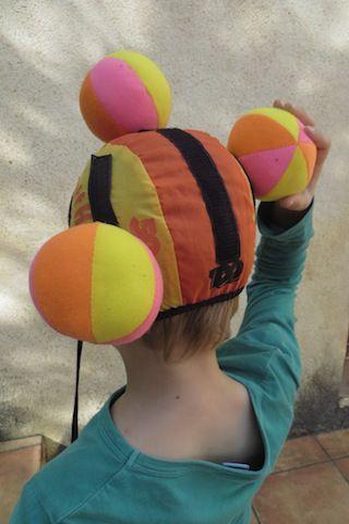 1000 images about jeux de balles de ballons on pinterest pique belle and signs - Faire tenir des ballons en l air sans helium ...