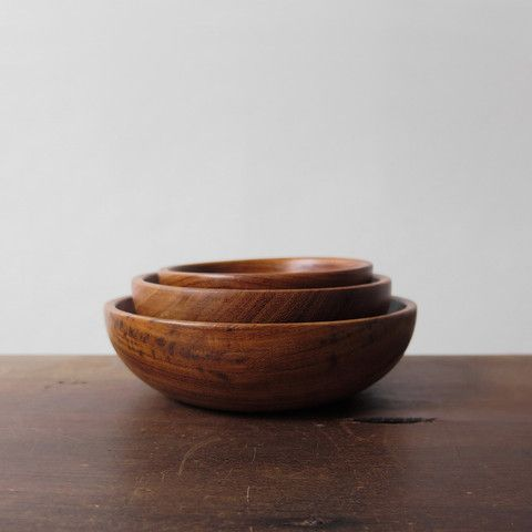 """single rosewood bowl. available in three sizes. small measures 4"""" in diameter, 1.5"""" deep. medium measures 5"""" in diameter, 1.6"""" deep. large measures 6"""" in diameter, 1.75"""" deep."""