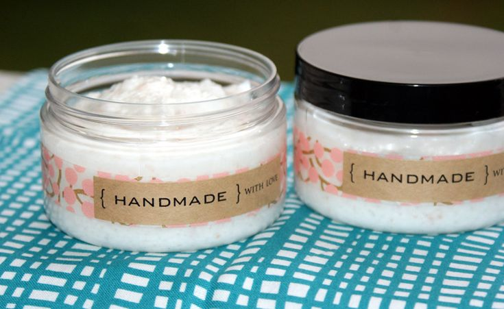 Homemade Foaming Salt Scrub DIY - Easy Homemade Mother's Day Gift Idea