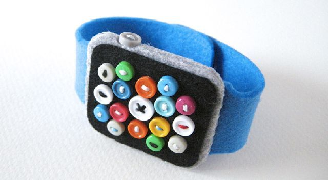150305_felt-apple-watch2.jpg