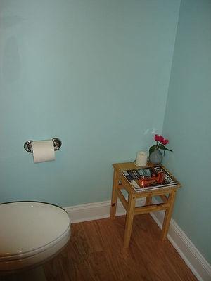 一休みコーナーのあるトイレ
