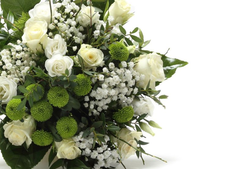 Lenyűgöző fehér vegyes virágcsokor #flowers#bouquet#viragszoro#viragszoroviragkuldes#rose#lizianthus#chrysanthemum