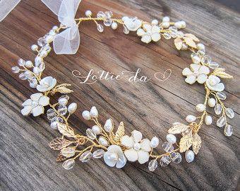 Boho oro capelli fiore Halo capelli Wrap corona di LottieDaDesigns