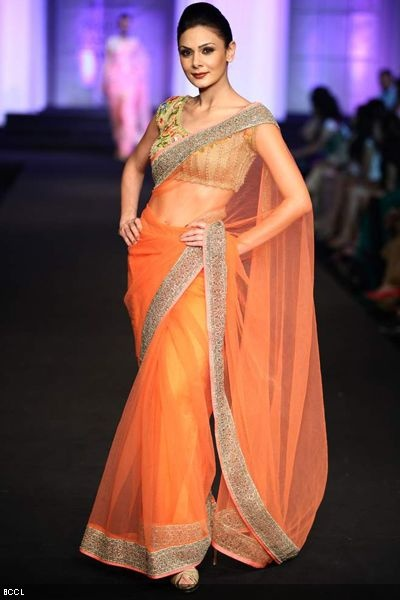 Aamby Valley Bridal Week 2012   Pallavi Jaikishan orange saree