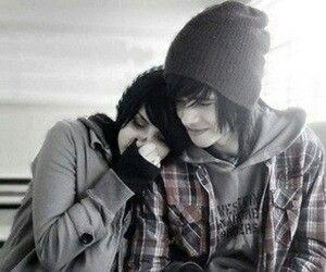 Cute emo couple <3