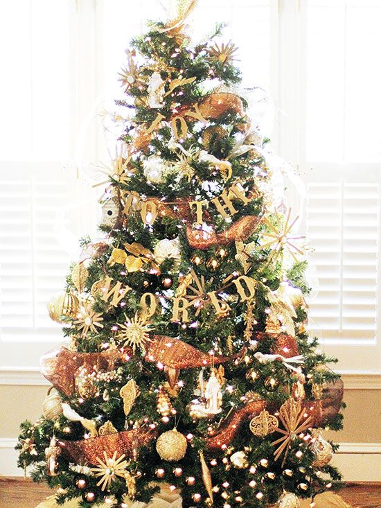 Christmas Tree Decorating With Garland : Best ideas about christmas tree garland on