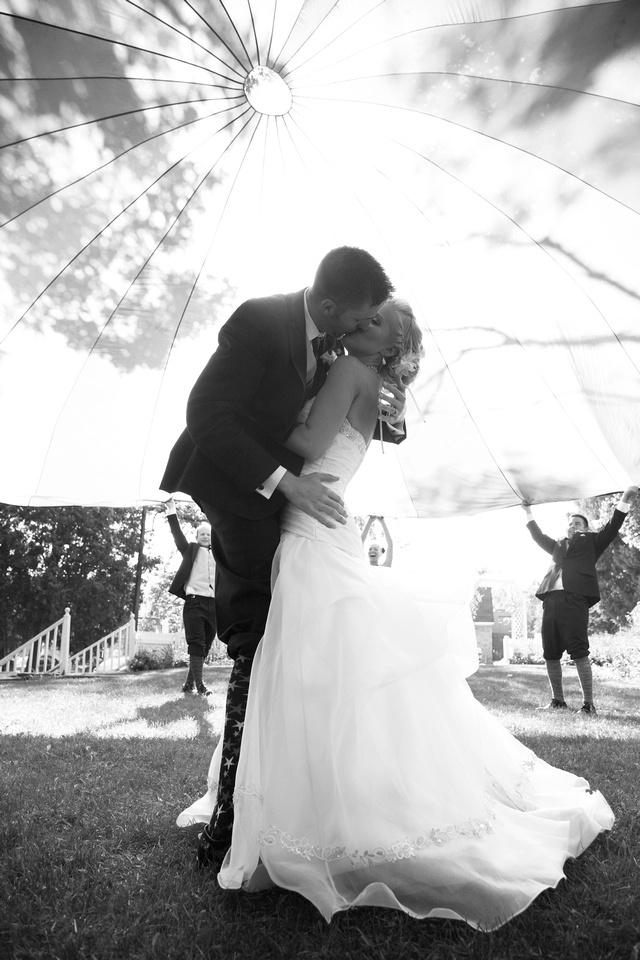 Under the parachute wedding picture idea