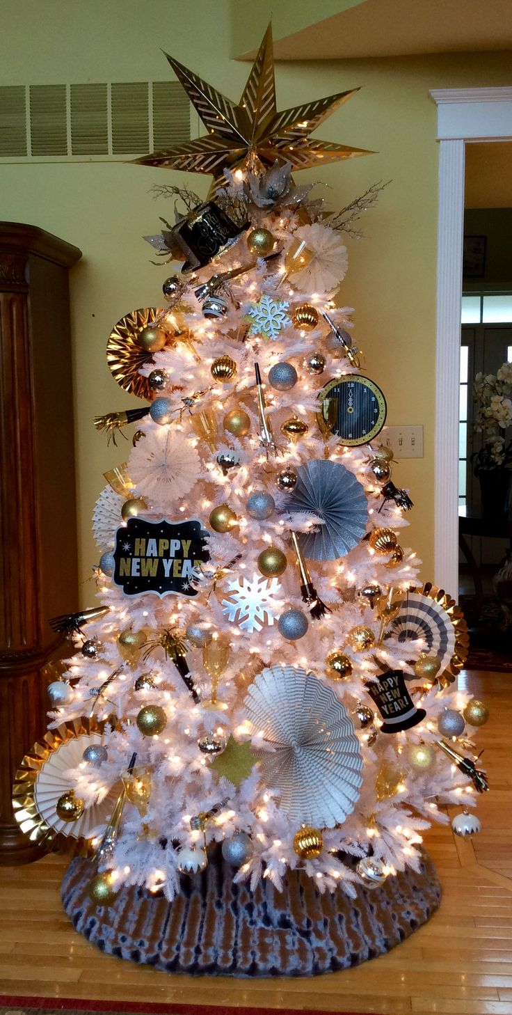 New Years Tree