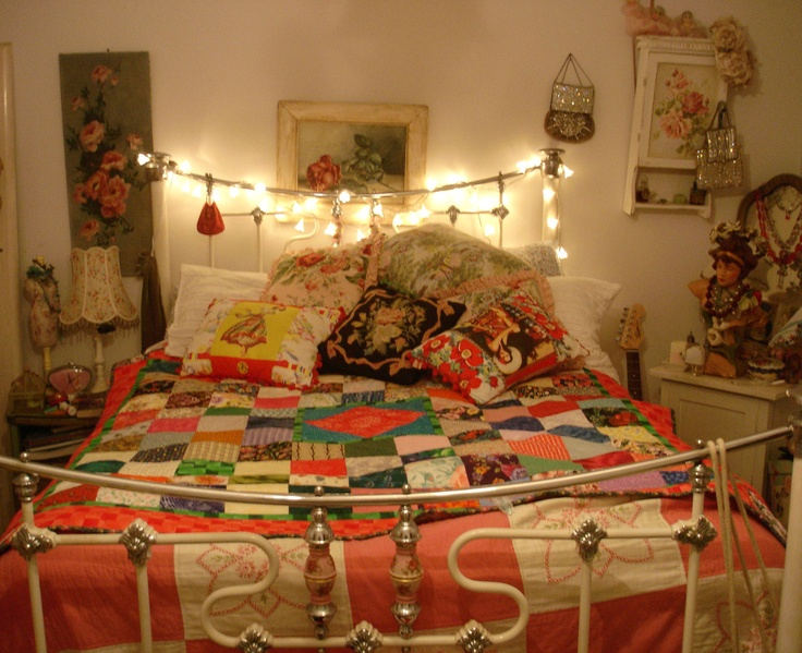 .. perchance to dream .. my REAL bedroom :-)