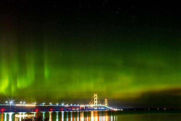 Pont Mackinac, Northern Lights, Michigan, Lumières