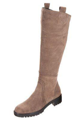 Winter boots - lava