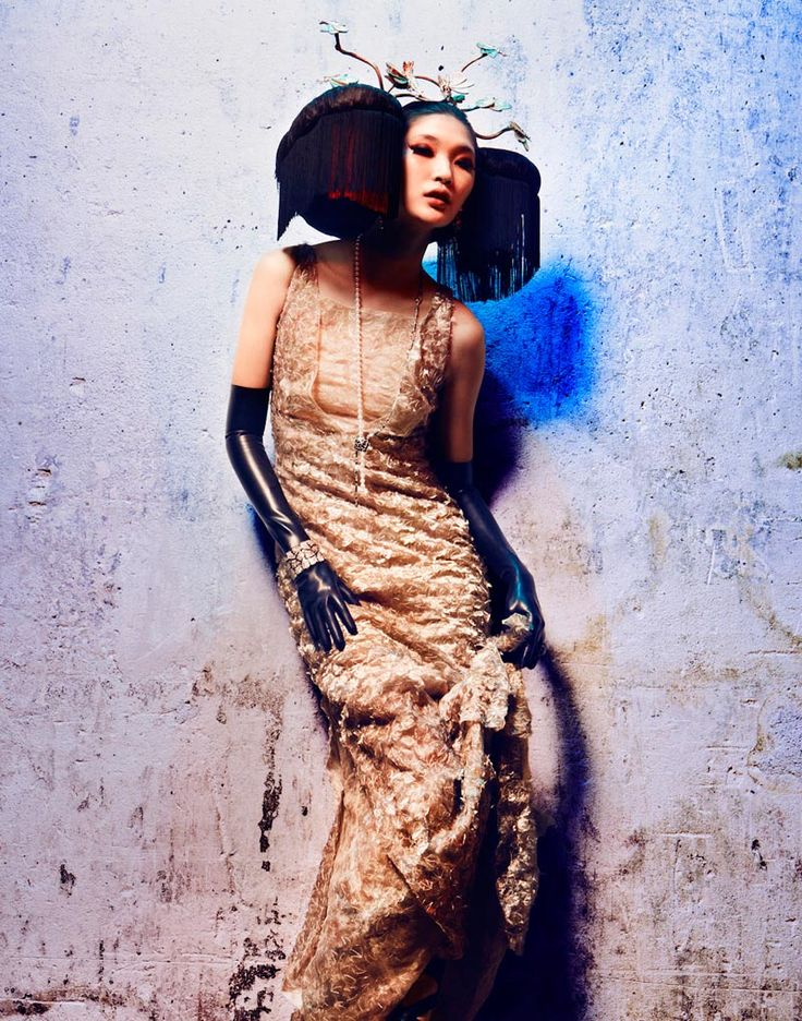 Emma Xie - Extreme Couture - LOfficiel Paris October 2012   Alexander Neumann   www.alexanderneumann.com  via lofficielmode.com    for #composition  #color