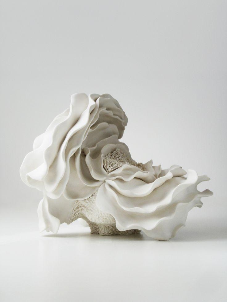 Architecture | Art Sculptures | AllThingsWhite || Rosamaria G Frangini || Noriko Kuresumi | Sea of Memory, Modern Sculpture in white