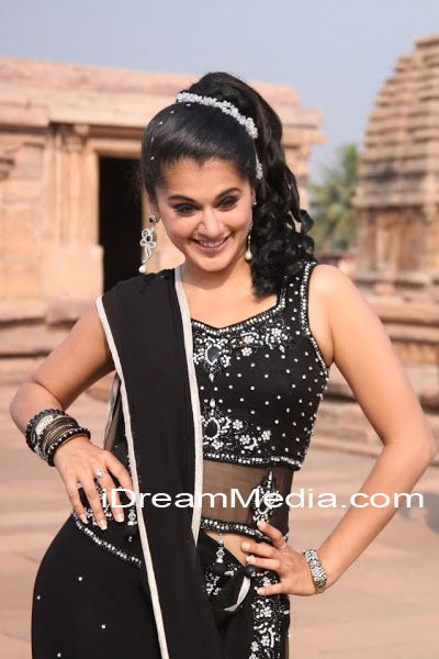Taapsee hot pictures, Taapsee hot and spicy pictures, Taapsee latest photo shoot, Taapsee latest stills, Taapsee latest hot photo shoot, Taapsee wallpapers, Taapsee photo gallery