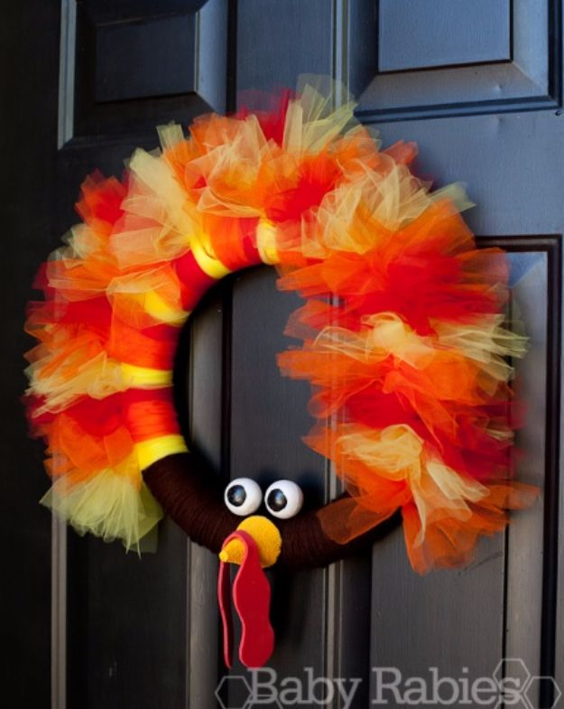 DIY Thanksgiving Decor Ideas - Turkey Tulle Wreath Tutorial - Fall Projects and Crafts for Thanksgiving Dinner Centerpieces, Vases, Arrangements With Leaves and Pumpkins - Easy and Cheap Crafts to Make for Home Decor http://diyjoy.com/diy-thanksgiving-decor-ideas