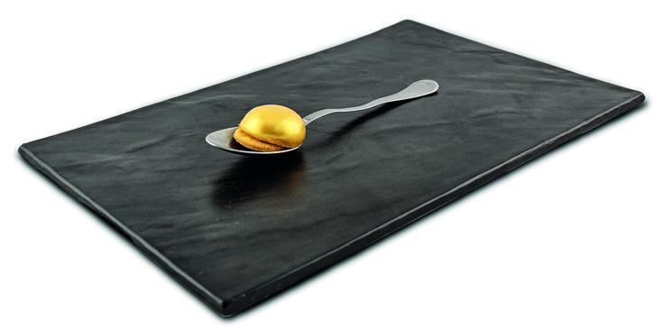 """""""L'oro di Napoli"""" dello chef Ilario Vinciguerra dell'Ilario Vinciguerra Restaurant di Gallarate (VA)"""