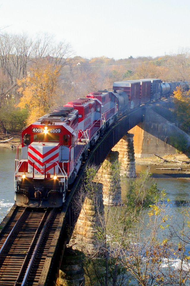 Wisconsin and Southern Rail Bridge, Lone Rock