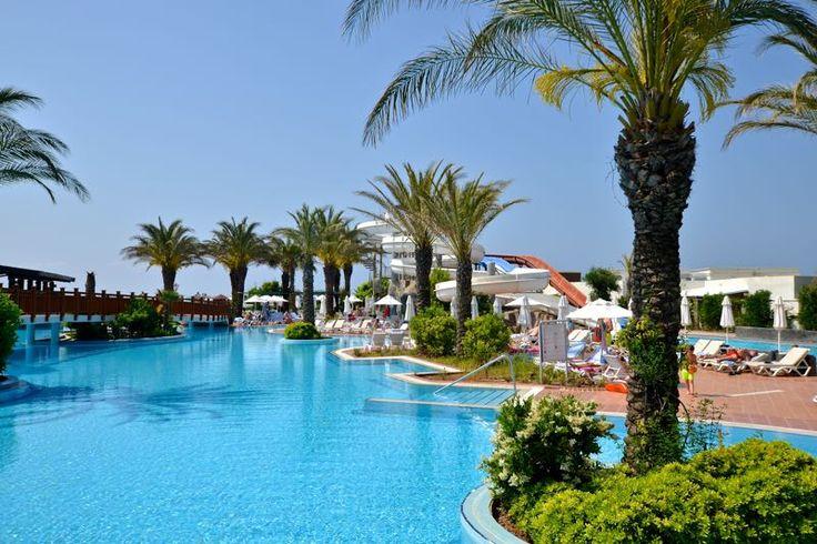 Pool des Liberty Hotel Lara