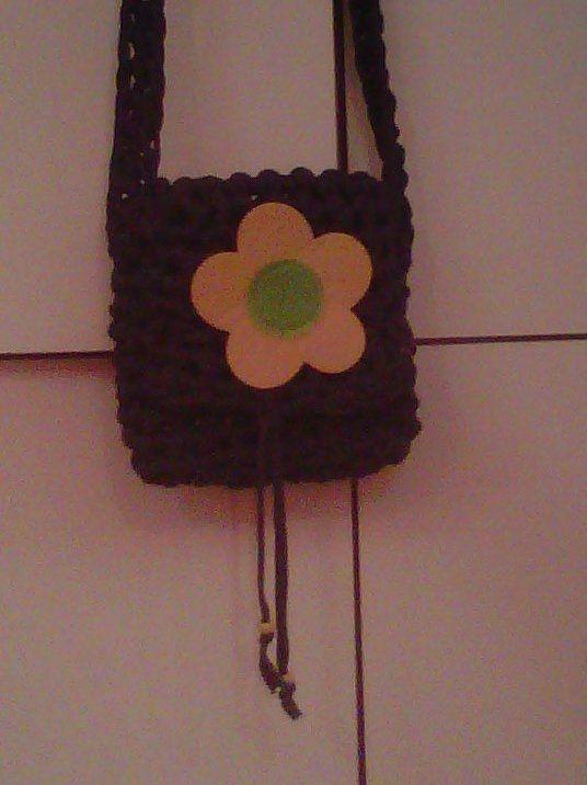 borsetta tracolla con fiore sin feltro applicato e chiusura