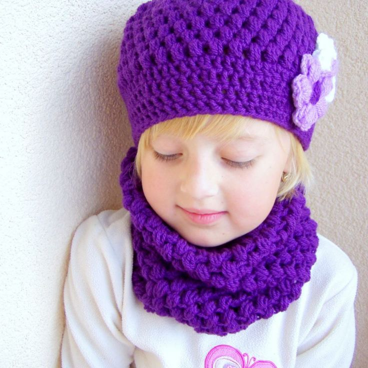 Crochet matching hat and scarf/cowl