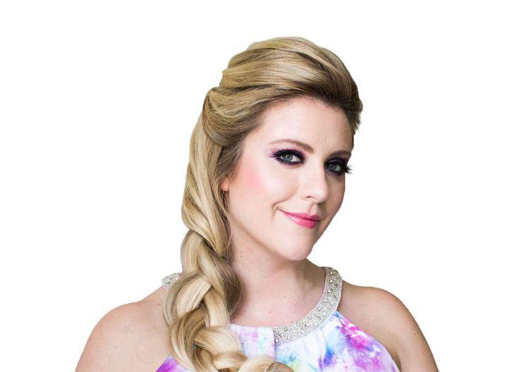 Elsa Inspired Hair and #Makeup Tutorial for Halloween #Frozen #Elsa #Costume #Braid