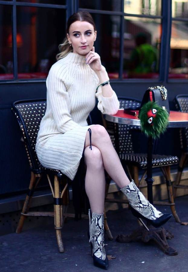 sweater-dress-with-snake-print-boots