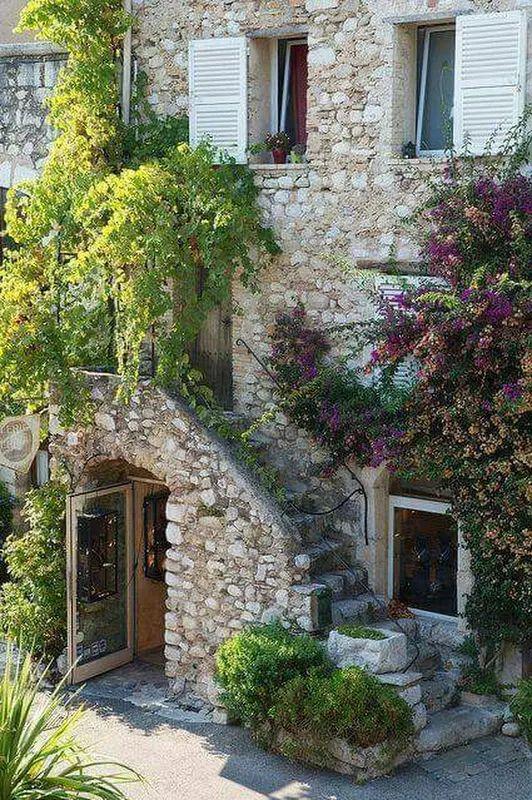 Pingl par chan sur floral pinterest maisons for Pinterest maison de campagne