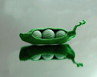 Baccello di pisello con 3 peas(bigger) - Crocheted cibo giocattolo - gioca cucina. Giochi di cucina per bambini sicuro - lo sviluppo delle competenze di motore
