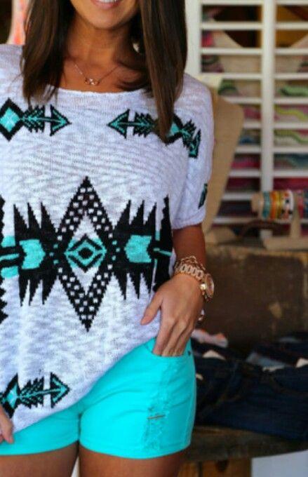 I love the shorts..♥