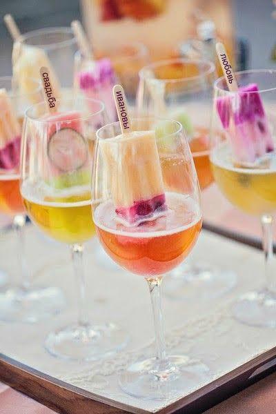 Фрузи-бар.Необычная штучка для свадьбы. Хотите #мороженко персик-бурбон, апельсин-апероль, клубничное мохито? #фрузи #смузи #вкусно #нямка #идеядлясвадьбы #ideaforwedding